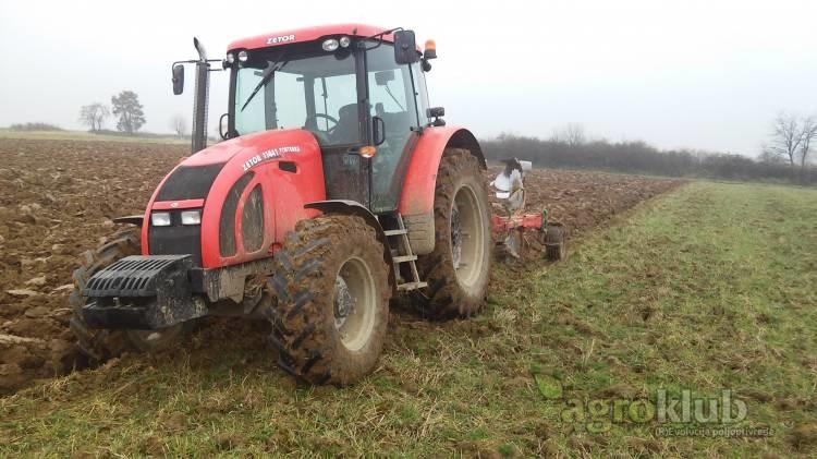 Traktor Zetor Forterra 11441