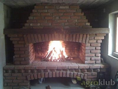 ROŠTILJ sa krušnom peći
