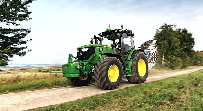 Traktor JOHN DEERE 6155R