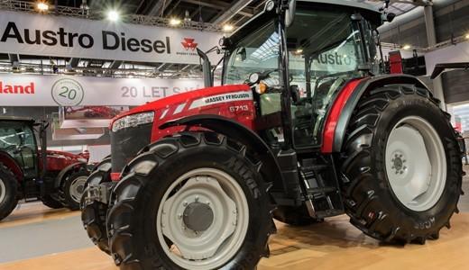 Traktor Massey Ferguson 6712