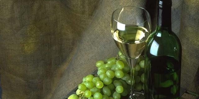 Prodaje se kvalitetno bijelo vino