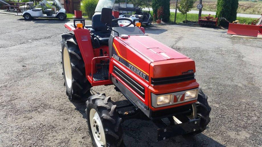Traktor YANMAR F 255