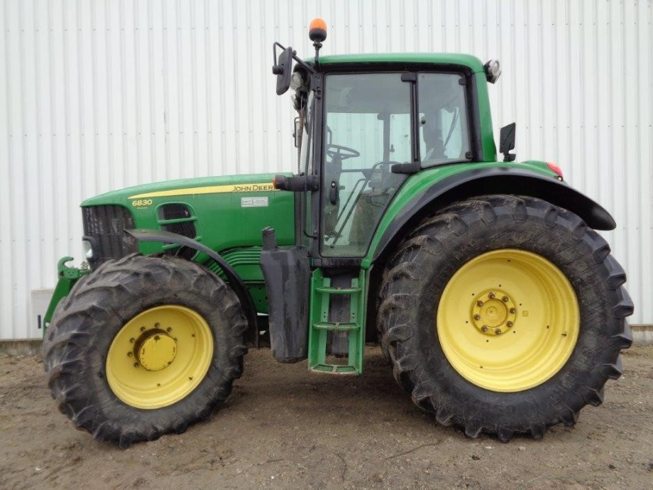 Traktor John Deere 6830 Premium