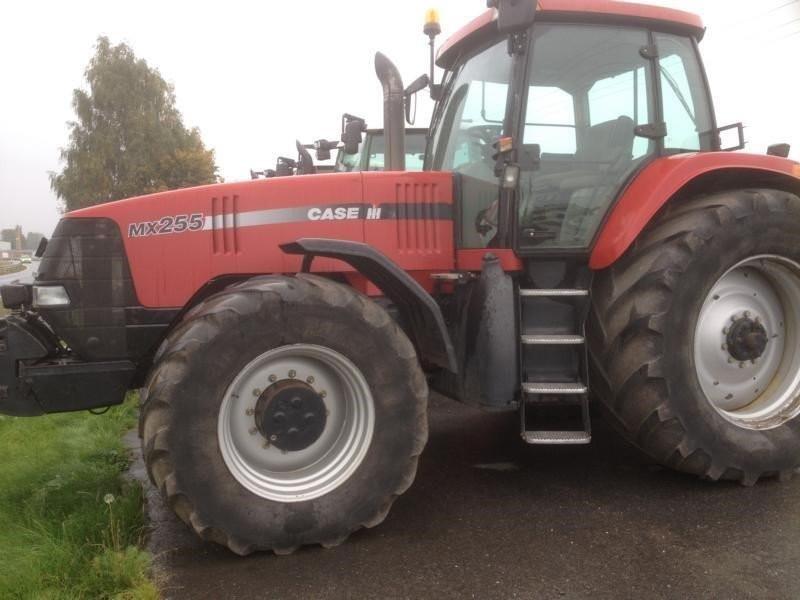 Traktor Case MX 255