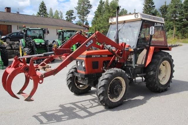 Prodajem traktor Zetor 7245
