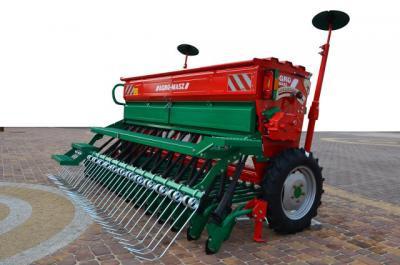 Sijačica za  pšenicu SR250,SR270.SR300,SR400 AGRO-MASZ