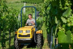 Traktor Ecotrac40 - POSTAVLJA NOVE STANDARDE!!!