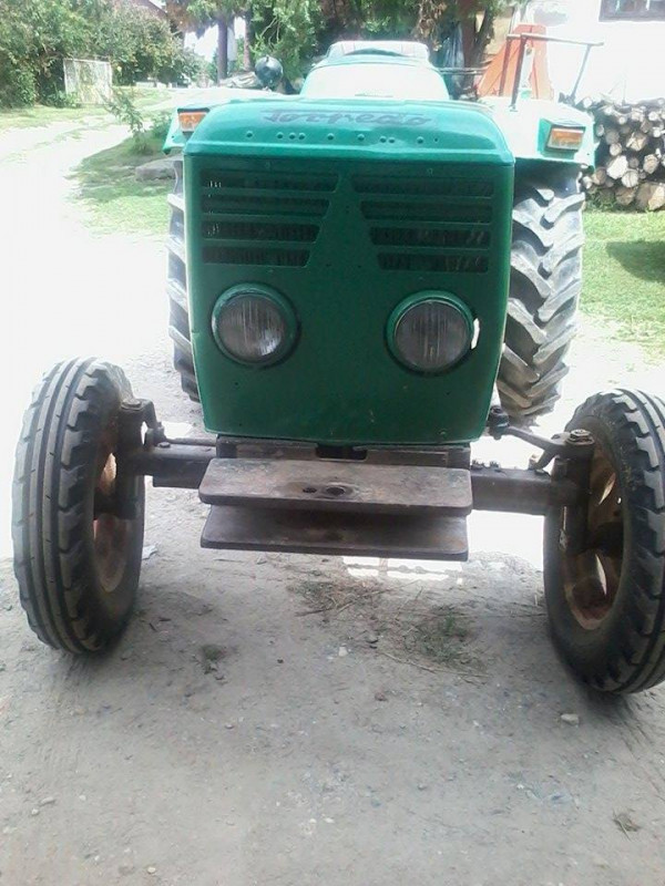 Prodajem traktor Torpedo Deutz 4006 D