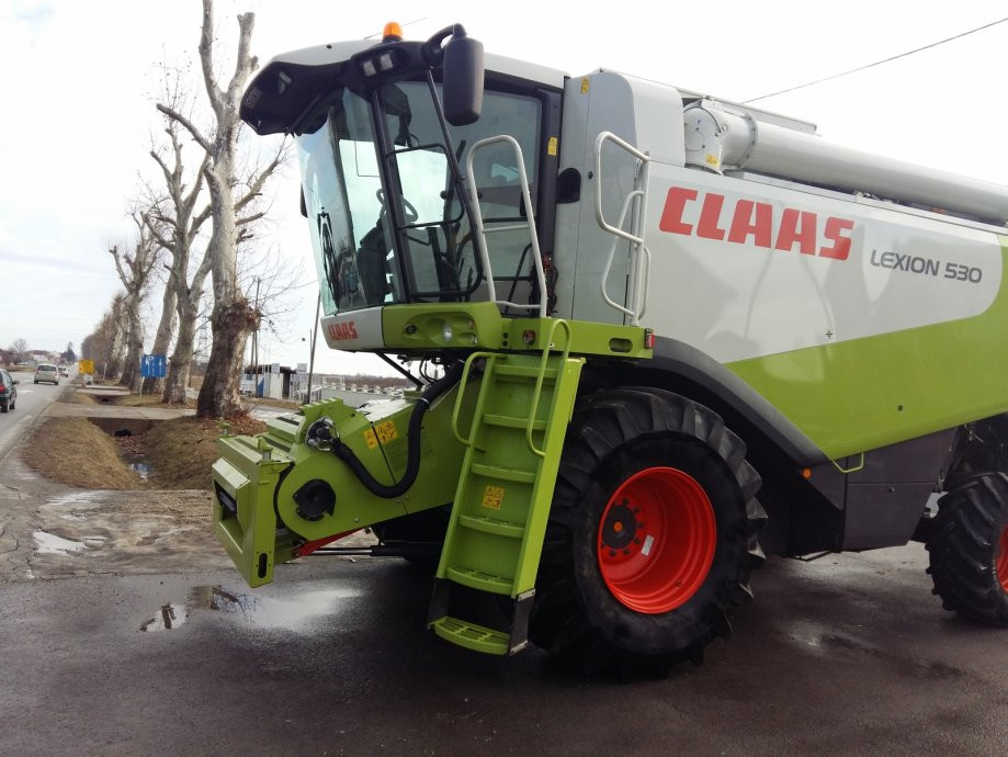 Kombajn Claas Lexion 530