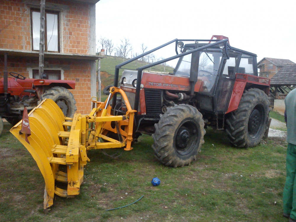 traktor zetor crystal+snježni plug