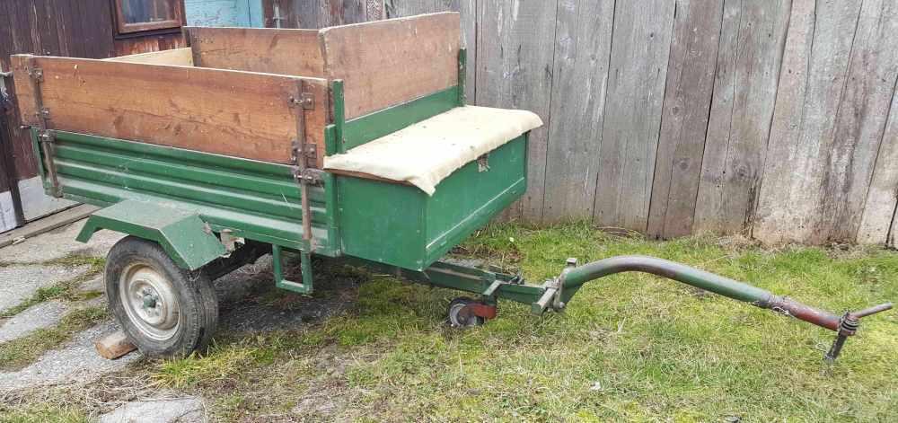 Prikolica za traktor i frezu