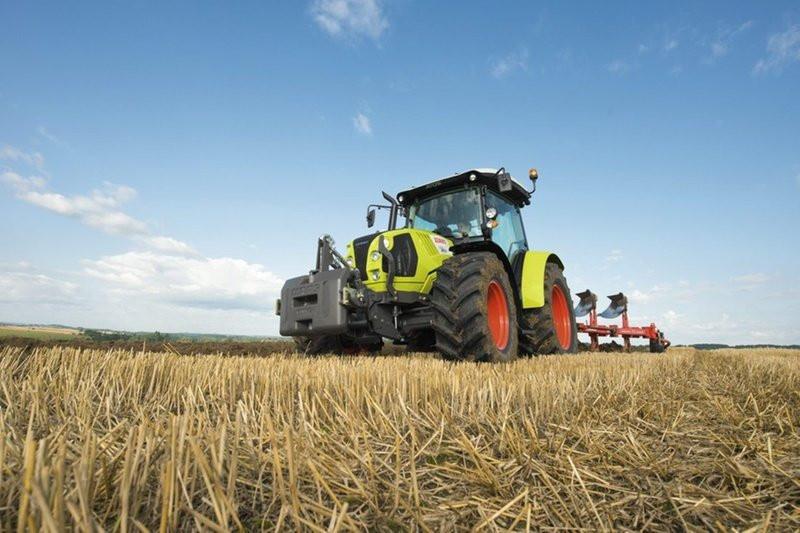 Traktor Claas Atos 340