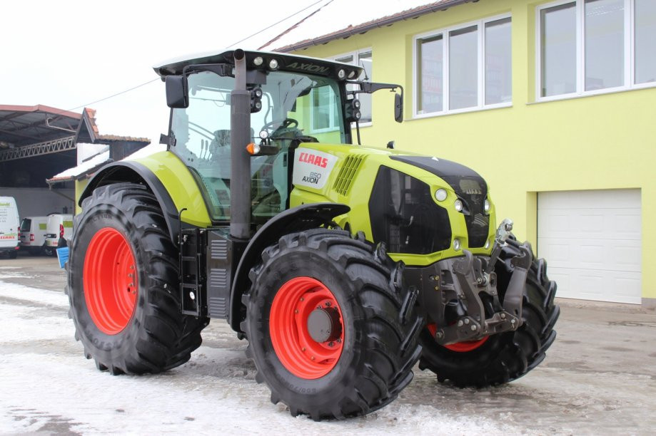 Traktor Claas Axion 850 CIS