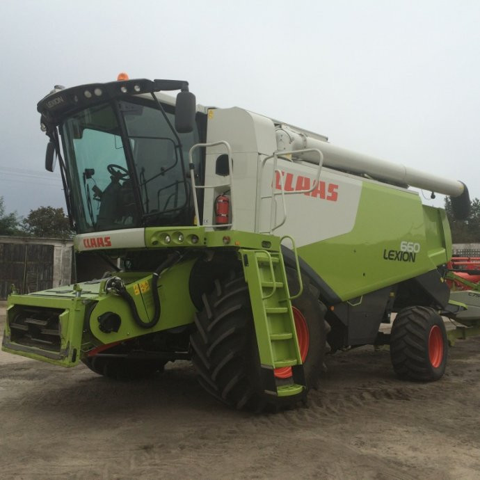 Claas Lexion 660 + adapter C660