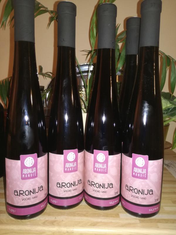 Voćno vino aronija