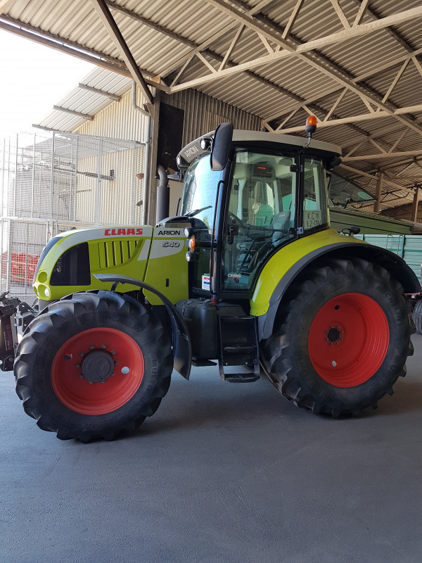 Traktor CLAAS ARION 540 CEBIS