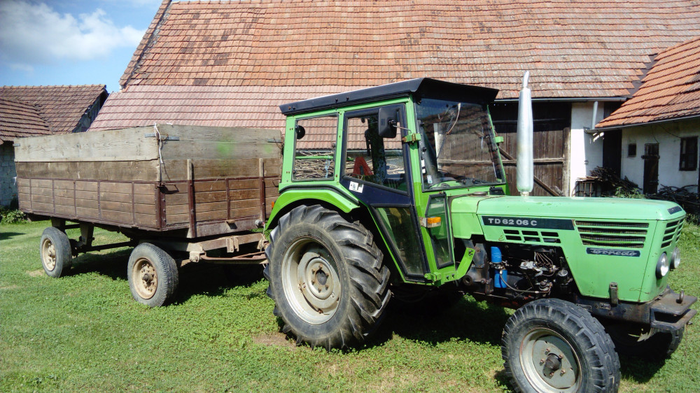 Prodajem traktor Deutz 6206 C odličan, prvi vlasnik
