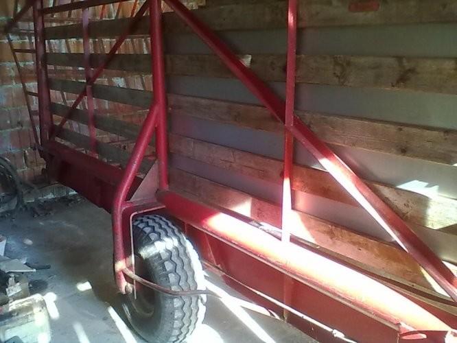 Slike Samoutovarna prikolica za sijeno POTTINGER PIONIER