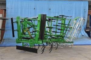 Sjetvospremač, bez hidrauličnog sklapanja,  radni zahvat 3.30, četiri reda opruga, S - opruga