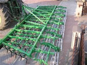 Sjetvospremač, sa hidrauličnim sklapanjem, radni zahvat 3.30, pet redi opruga, ravna opruga