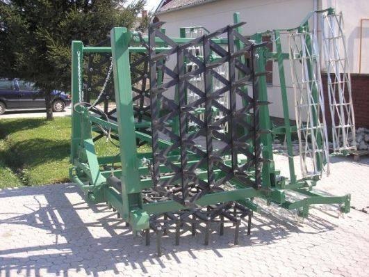 Teška drljača sa hidrauličnim podizanjem krila, radni zahvat 3.30, klin 30x30x220