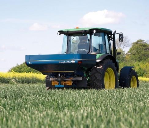 Raspodjeljivač gnojiva Bogballe L2 1475 l - AKCIJA!