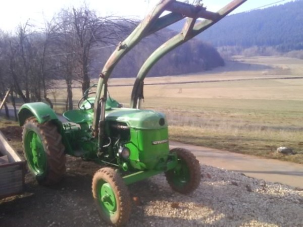 traktor deutz d30 s prednjim utovariva em traktori. Black Bedroom Furniture Sets. Home Design Ideas
