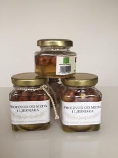 Proizvod od meda i lješnjaka