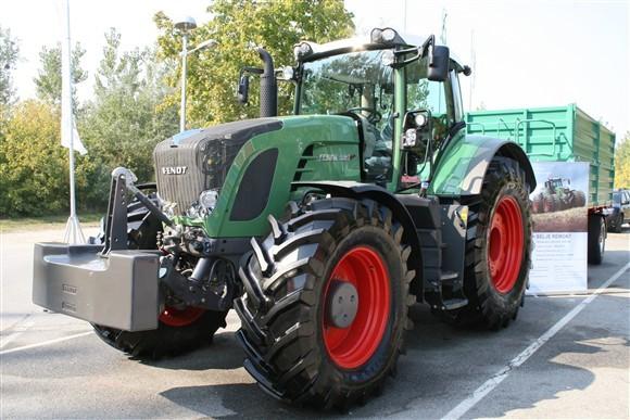 Najveći, najjači i najskuplji traktor na sajmu (2952)