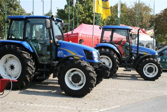 NewHolland (2955)