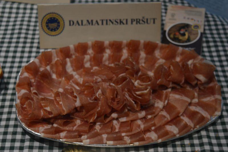 Hrvatsko naj (46229)