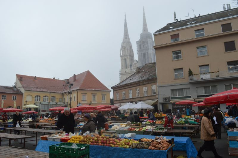 Tržnica Dolac u Zagrebu (46220)