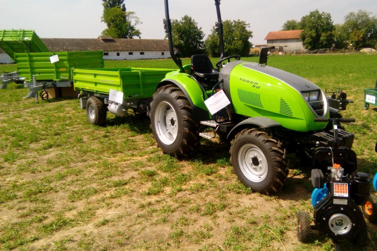 Traktor Tuber 50 (59432)