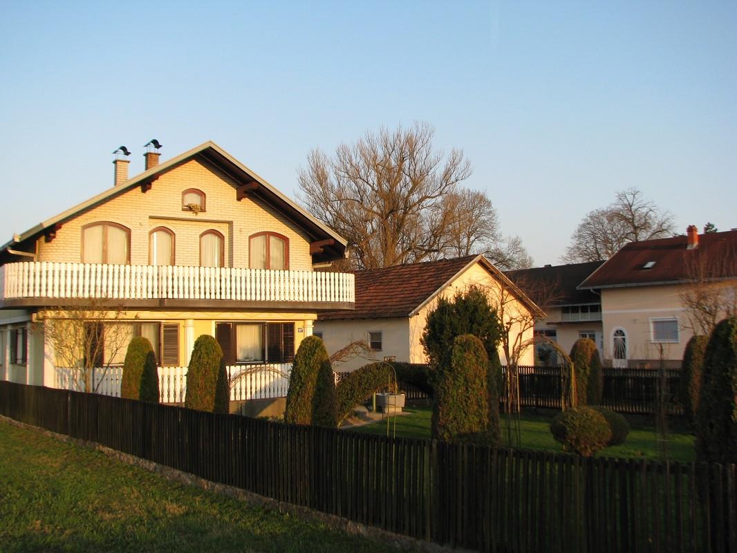 jedna od kuća Grgića (50061)