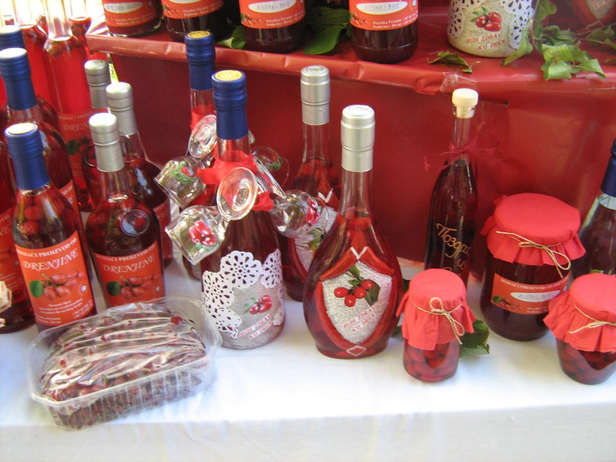 Mirjana Pećanac iz Drvara i njeni proizvodi (65275)