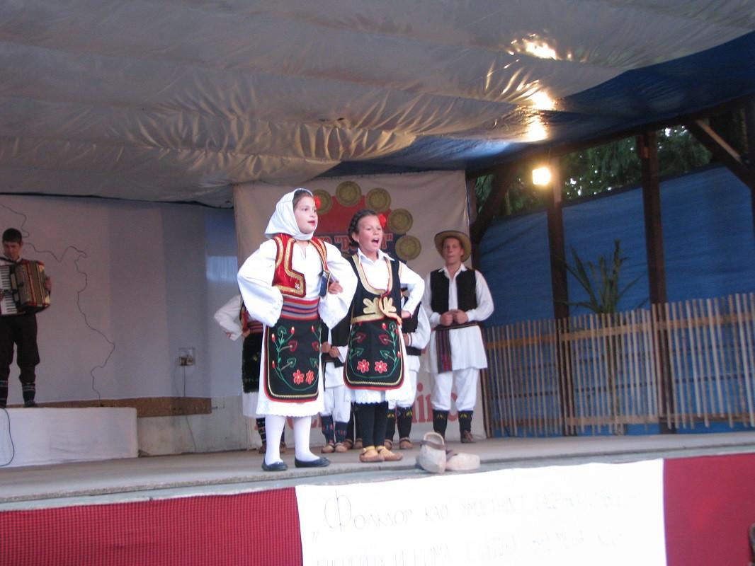 mladi folkloraši (56559)