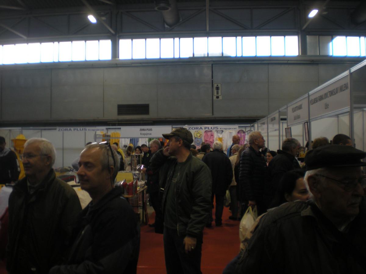 Posetioci 1. pčelarskog sajma Dunavskog regiona (62994)