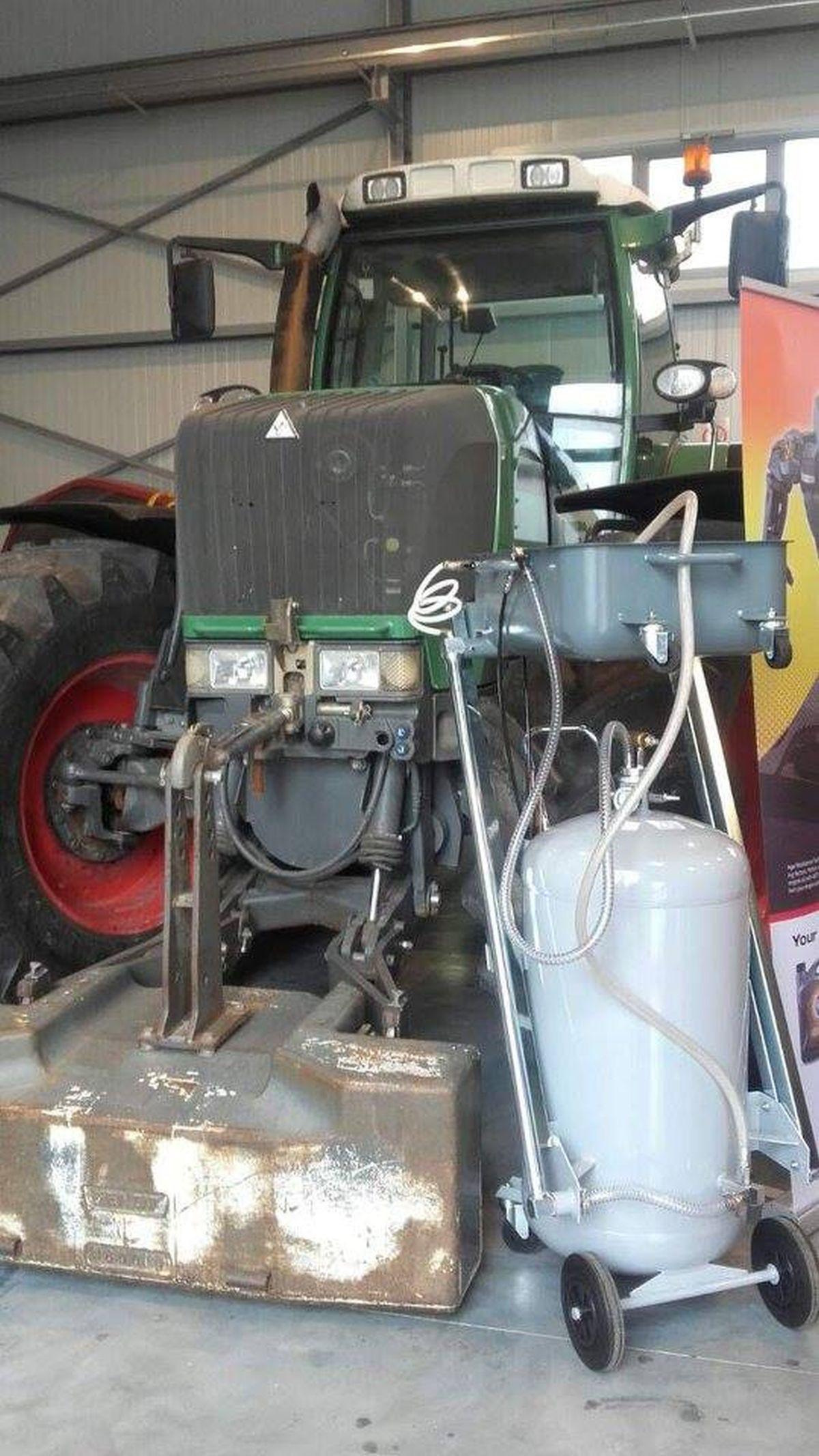 Inter-Agrar servisna radionica na Čeneju! (51507)