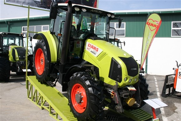 Claas Arion 420 (1179)