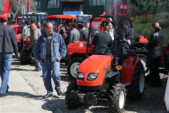 Goldoni traktori (1194)
