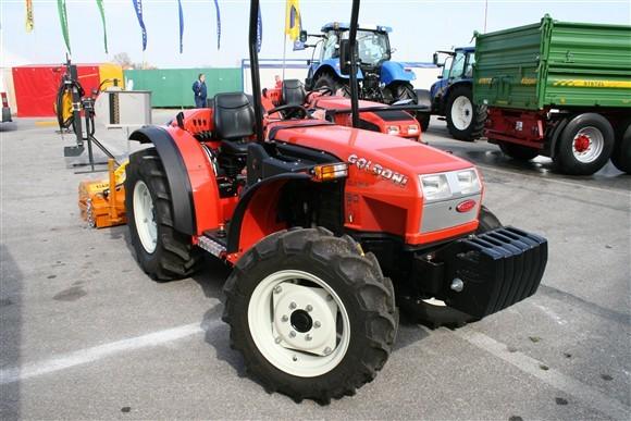 Goldoni quasar goldoni traktori mehanizacija for Quasar 90 usato