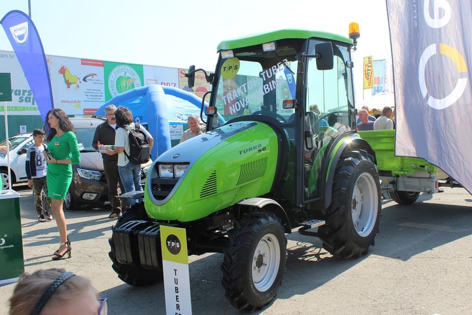 Traktor Tuber 50 s novom kabinom (51298)