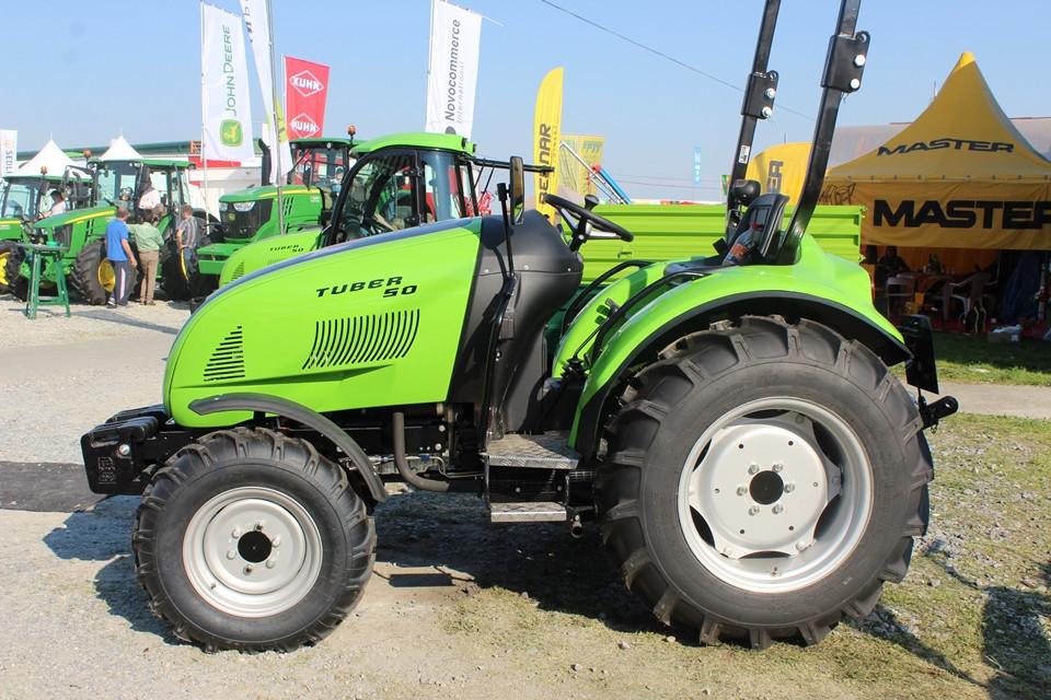 Traktor Tuber 50 s novom kabinom (51301)