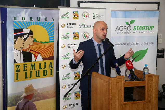 Tolušić mladima: Pokrenite poljoprivredu!