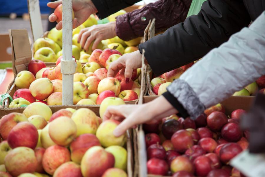 Provedena inspekcija voća i povrća u trgovačkim lancima, pali i optužni prijedlozi