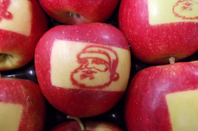 Praznici uz jabuke sa likom Deda Mraza