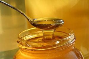 Loša godina za pčelare ne menja cenu meda