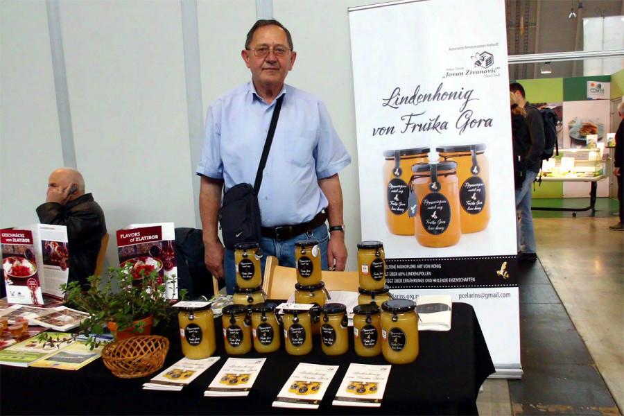 Fruškogorski lipov med - više od 60% polena lipe