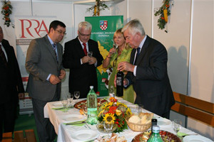 Predsjednik Josipović otvorio Jesenski bjelovarski sajam