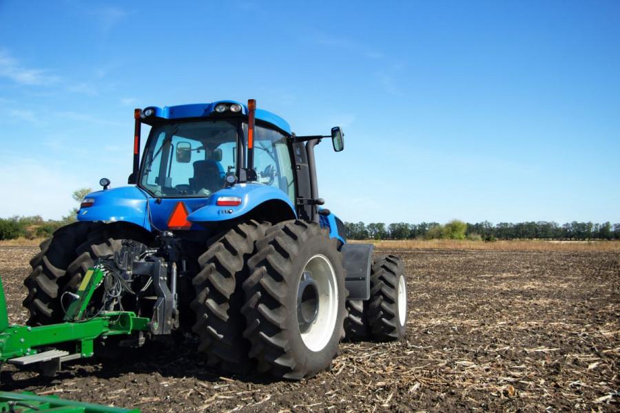 Osiguran plavi dizel za poljoprivrednike